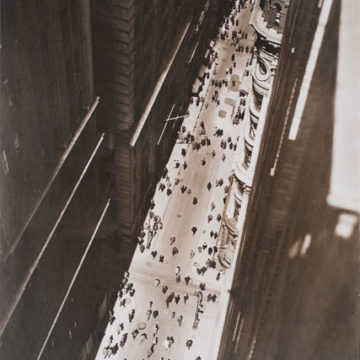 Margaret Bourke-White, Wall Street, NY, 1936, gelatin silver print, 9 ½ × 6 ⅝ inches. Museum purchase with funds provided by 2009 Collectors' Circle members Nancy Albyn and Frances Myers in memory of Dick Albyn and Nat Myers, 2009.34.91. © Estate of Margaret Bourke-White / Artists Rights Society (ARS), New York