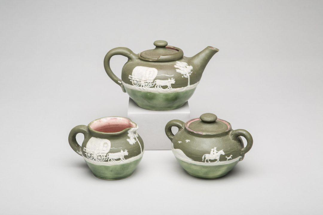 Covered Wagon teapot, creamer and sugar bowl
