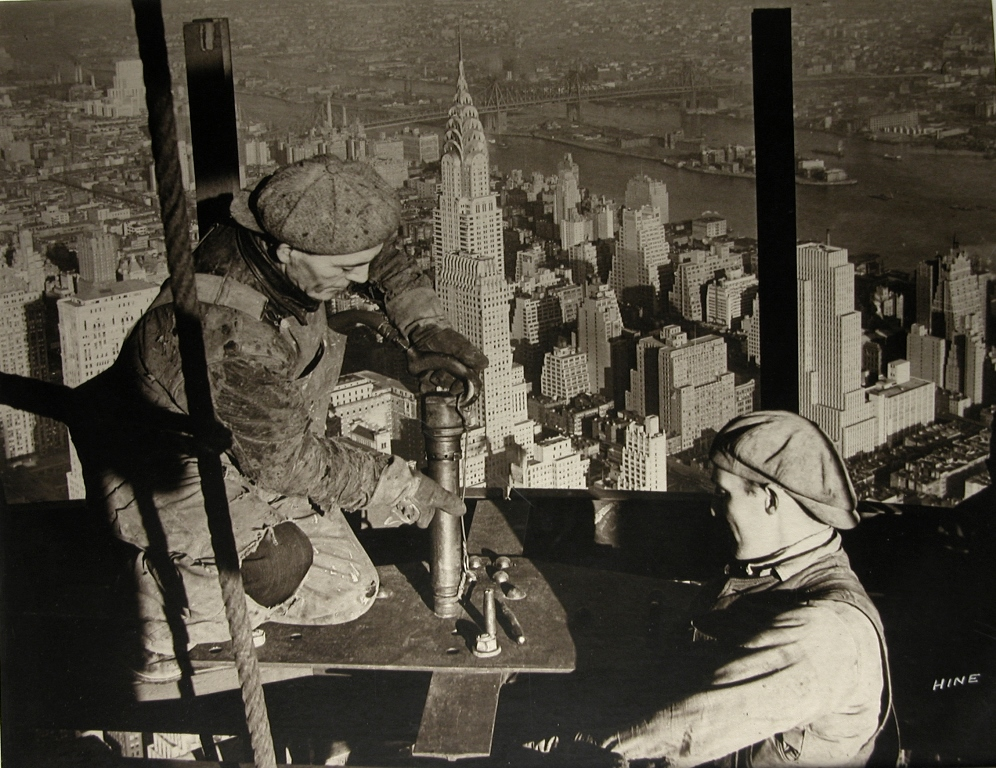 Topping the Mast, Empire State Building